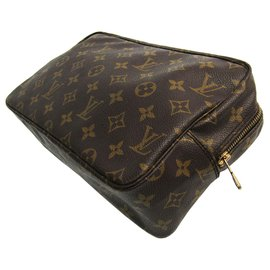 Louis Vuitton-Toilette Trousse Monogram Marron Louis Vuitton 28-Marron