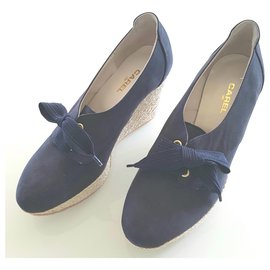 Carel-Leather and suede lined derby with laces.-Beige,Navy blue