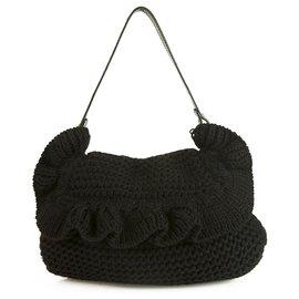 Fendi-Fendi Chef Ruffle Crocheted Knit Flap Schultertasche aus schwarzer Wolle 2005 Sammlung-Schwarz