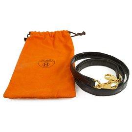 Hermès-Bracelet en cuir de crocodile avec ceinture or Hermes Kelly en excellent état-Noir