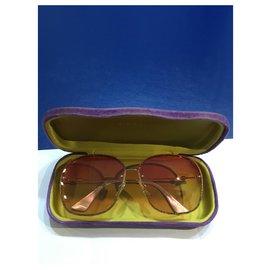 Gucci-Sunglasses-Golden