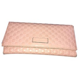 Gucci-Wallets-Pink