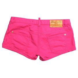 Dsquared2-short-Fuschia