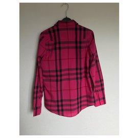 Burberry-Tops-Pink