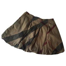 Burberry-die Röcke-Khaki