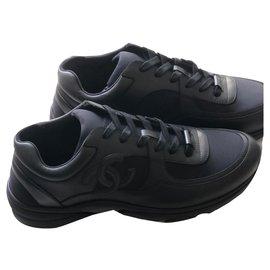 Chanel-Chanel Men's Sneakers-Black
