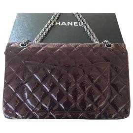 Chanel-maxi 2.55-Dark red