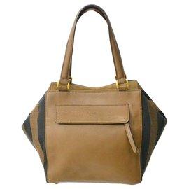 Fendi-Fendi Vintage Shoulder Bag-Brown