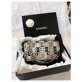 Chanel-Sac à rabat classique avec logo découpé au laser-Argenté