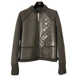 Chanel-Taille: Cardigan Casual en laine et PVC gris Chanel 36-Gris