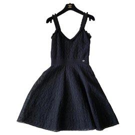 Chanel-Chanel Little Black A-Line Dress Size 34-Black