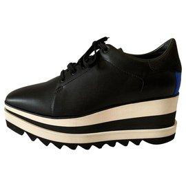 Stella Mc Cartney-Black Elyse platform sneakers-Black