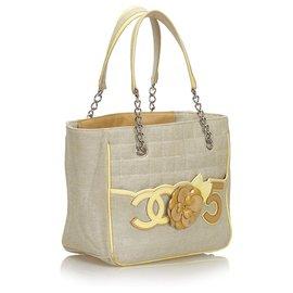Chanel-Chanel Grey Camellia CC Non 5 Sac cabas-Gris,Jaune