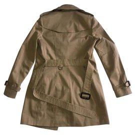 Burberry-Manteaux, Vêtements d'extérieur-Kaki