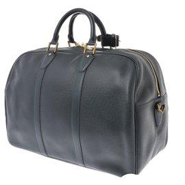 Louis Vuitton-Sac Louis Vuitton Taiga Kendall Boston-Autre