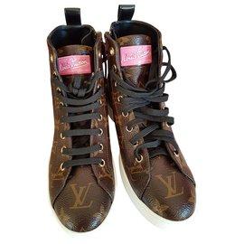 Louis Vuitton-sneakers-Multiple colors