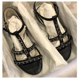 Chanel-Chanel Black chain leather sandals EU36-Black