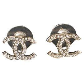 Chanel-New Chanel earrings-Golden