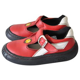 Autre Marque-Red leather baby sandals DDP size 31-Red