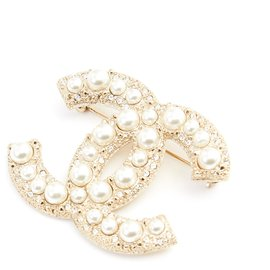 Chanel-LARGE CC DIAMONDS AND PEARLS-Golden