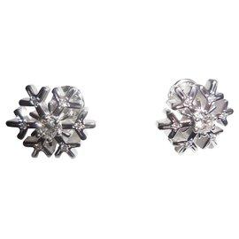 Chopard-Chopard 18K White Gold Diamond Snowflake Stud Earrings-Silvery,White