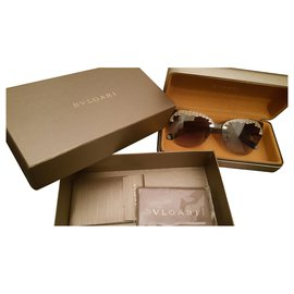 Bulgari-Sunglasses-Black,Golden