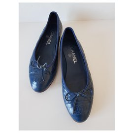 Chanel-Blue chanel ballerinas in wrinkled leather-Blue