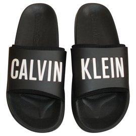 Chaussures luxe Calvin Klein occasion Joli Closet