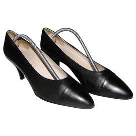 Chanel-Escarpins classique CHANEL-Noir