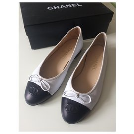 Chanel-Ballet flats-Black,White