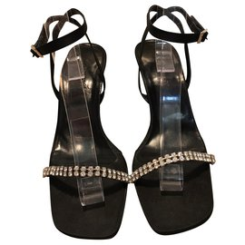 b1948231e91 Sandals - 40 eu, 7 uk