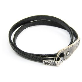 Bottega Veneta-Bottega Veneta Black Leather Choker-Black,Silvery