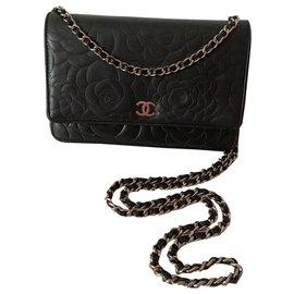 Chanel-Woc Camellia-Black