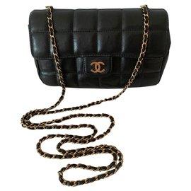 Chanel-mini-Black