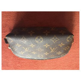 Louis Vuitton-portefeuilles-Marron