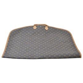 Louis Vuitton-Housse de vêtement Louis Vuitton-Marron