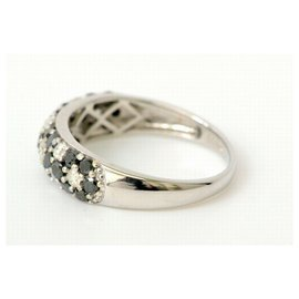 Autre Marque-Unbranded Black Diamond Ring-Silvery