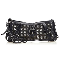 Burberry-Burberry Black Leather Hyde Clutch Bag-Black,Silvery