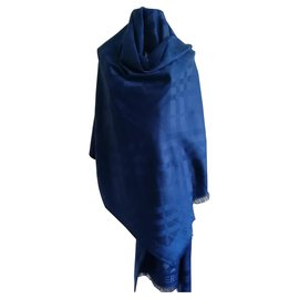 Burberry-Burberry beautiful cashmere and wool scarf-Navy blue