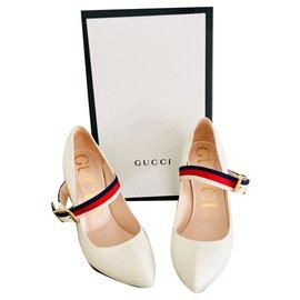 Gucci-Escarpins en cuir Sylvie-Beige