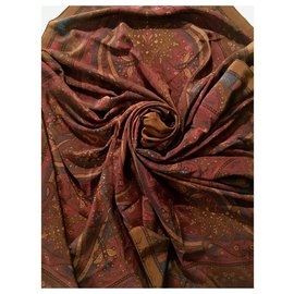 Yves Saint Laurent-Soie 128 x125 cm-Marron