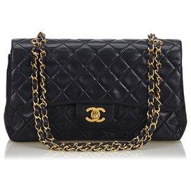 Chanel-Chanel Black Classic Medium Lambskin lined Flap Bag-Black