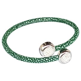 Autre Marque-Bracelet en galuchat vert jade-Vert clair