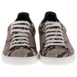 46be70c0b74 Louis Vuitton Frontrow women's sneakers in Python leather, taille 37, new  condition! - 37 fr