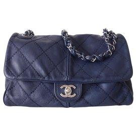 Chanel-CLASSIC CHANEL BAG JUMBO-Navy blue