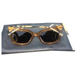 Fendi-Sunglasses-Brown