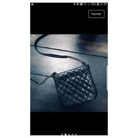 Chanel-Hand bags-Black
