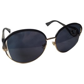 Christian Dior-Oversized sunglasses-Black