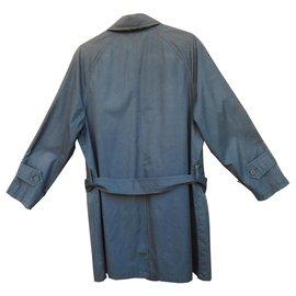 Burberry-leve impermeável Burberry tamanho S-Azul marinho