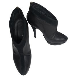 Yves Saint Laurent-Leather and suede platform ankle boots-Black